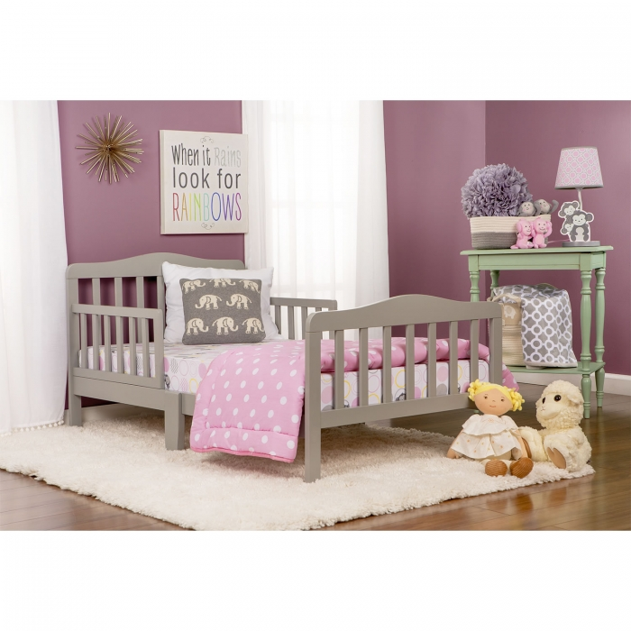 Classic Design Toddler Bed Dream On Me