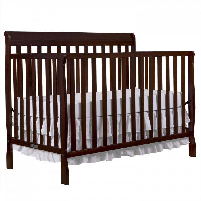 Alissa 5 In 1 Convertible Crib Dream On Me