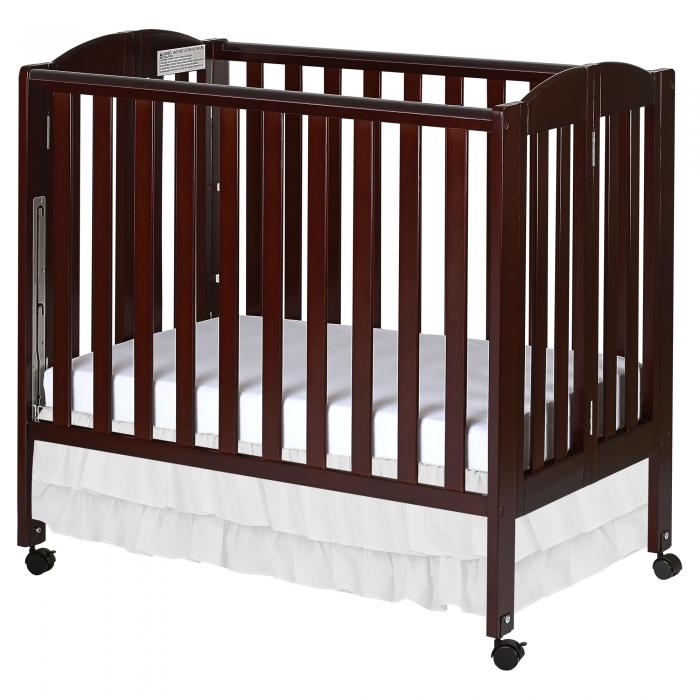 3 in 1 Folding Portable Crib   Dream On Me
